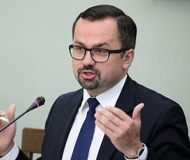 Marcin Horała zapowiada: W poniedziałek będą informacje o wszystkich lotach HEAD