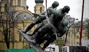 """""""Wschodni sojusznicy"""" w miejsce """"czterech śpiących"""". Posłowie PiS chcą nowego pomnika w Warszawie"""