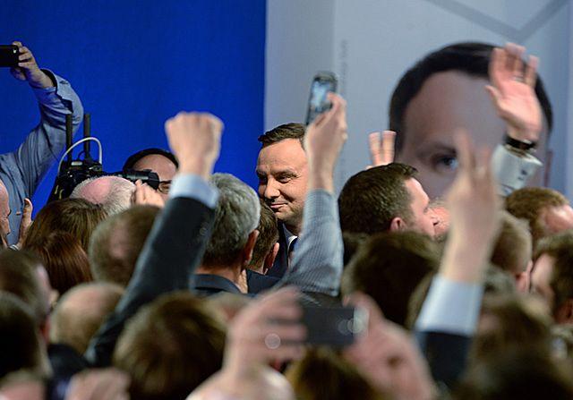 Zaskoczenie i radość - zdjęcia ze sztabu Andrzeja Dudy