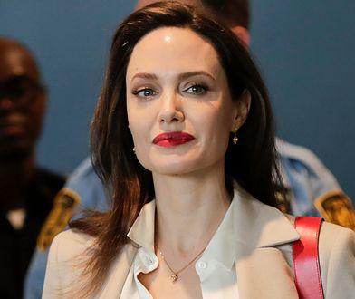 Angelina Jolie i Brad Pitt rozwodzą się