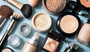 Puder ryżowy wchodzi w skład wielu kosmetyków do makijażu i pielęgnacji