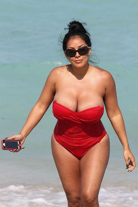 Kiara Mia - lubisz tyle ciałka?