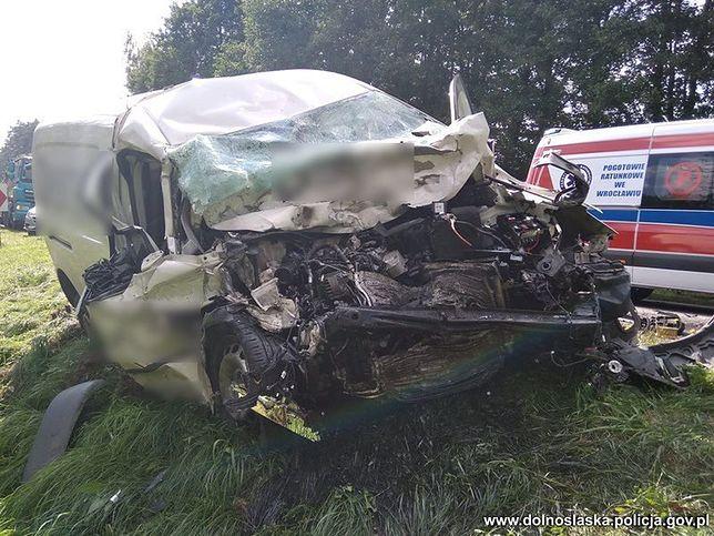 Poważny wypadek pod Miliczem. Lądował helikopter LPR