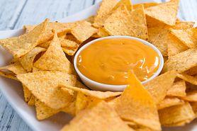 Sos serowy – wartości odżywcze, rodzaje sera, przepis
