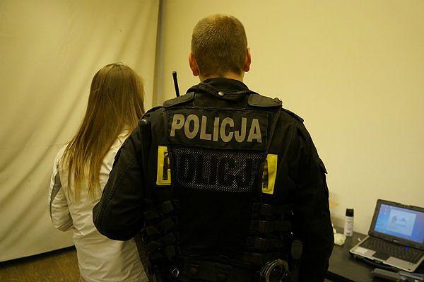Sześć par majtek w zamian za wolność - próba przekupstwa policjantów z Chorzowa