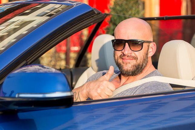 Tomasz Oświeciński wydał fortunę na auto. Pojazd robi wrażenie