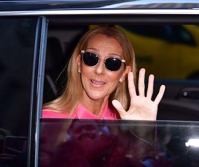 Celine Dion w różowym garniturze