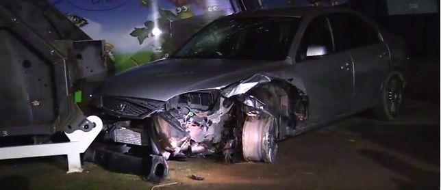 Polak podróżujący z 27-letnim kolegą spowodował kolizję drogową i uciekł z miejsca zdarzenia.