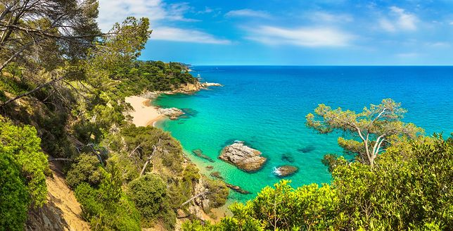 Hiszpania kusi popularnymi plażami i ukrytymi zatokami
