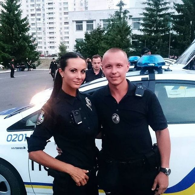 Aż chciałoby się być przez nią aresztowanym!
