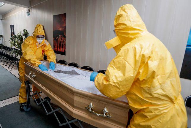 Koronawirus na świecie. Nowy Jork, Szwecja, Wielka Brytania i Francja przegrywają z epidemią