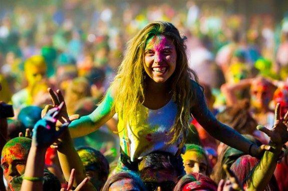 Indyjskie Święto Kolorów w Warszawie