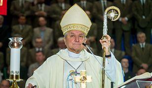 Biskup Edward Janiak odsunięty przez papieża Franciszka. Nie będzie kierował diecezją w Kaliszu