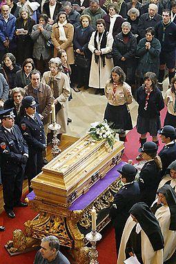 Trumna z ciałem siostry Łucji spoczęła w Fatimie