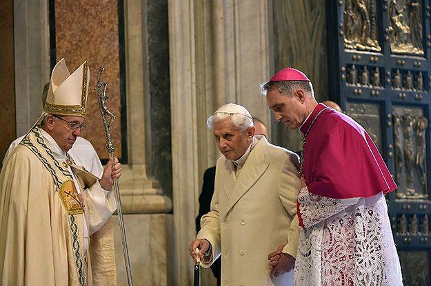 Papież Franciszek: Benedykt XVI ma problemy z poruszaniem się