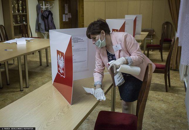 Koronawirus w Polsce. Samorządowcy apelują ws. wyborów