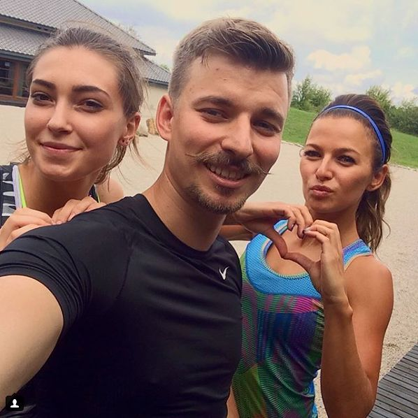 Piotr Stachurski z siostrą i dziewczyną