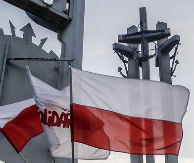 Już nawet pod pomnikiem Poległych Stoczniowców nie jesteśmy jako naród jednością.