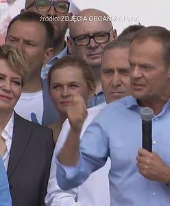 """Tusk atakuje PiS. """"Gwałcili konstytucję, niszczyli polskie sądy"""""""