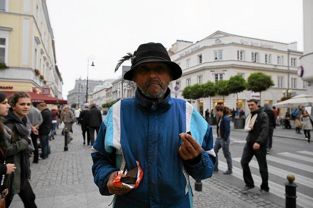 """Co się stało z symbolem Warszawy? Dziennikarz: """"Czarny Roman nie żyje"""""""