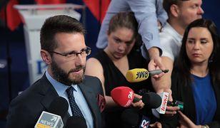 Radosław Fogiel na konferencji prasowej