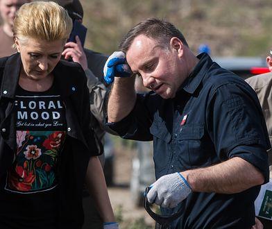 Andrzej Duda z żoną posadzili dęby szypułkowe