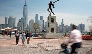Pomnik w Jersey City zostanie nieznacznie przesunięty. Za ponad 400 tys. zł