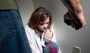 Co piąty Polak uważa przemoc w rodzinie za normę