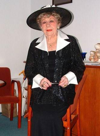 Hanka Bielicka to znana aktorka telewizyjna, teatralna i kabaretowa
