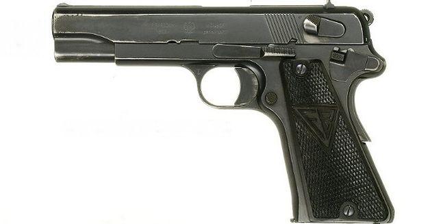 Z tej polskiej broni strzelał Clint Eastwood!