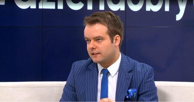 Upolitycznianie sądów. Rafał Bochenek porównał sędziów do RPO