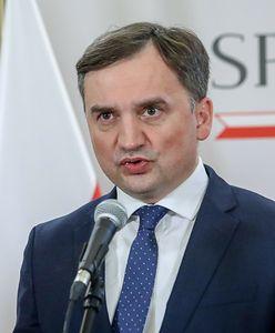 """Obecność Polski w UE """"nie za wszelką cenę""""? Izdebski: To nie Ziobro o tym zdecyduje"""