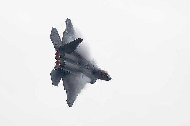 Amerykanie mają zamiar wysłać do Arabii Saudyjskiej także myśliwce F-22