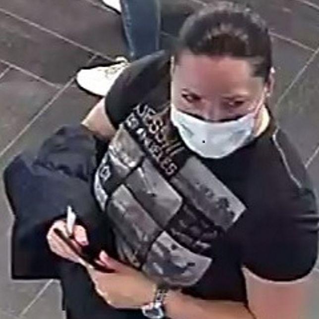 Warszawa. Policja poszukuje kobiety ze zdjęcia