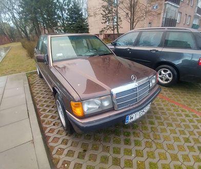 Godzinę temu kupiłem Mercedesa