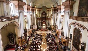 Hołd dla ofiar rzezi wołyńskiej. Macierewicz i Kaczyński uczcili zmarłych