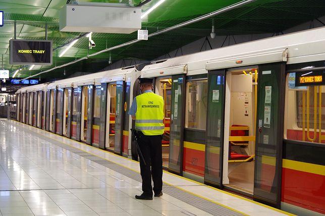 Warszawa. Awaria metra. Usterka jest naprawiana