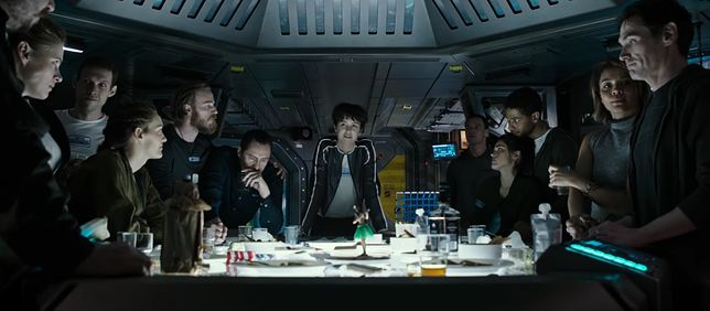 Ridley Scott sięga po homoseksualizm i biblijne metafory. Zobacz prolog filmu ''Obcy: Przymierze''