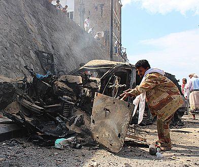 Samobójczy zamach bombowy w Jemenie. Są zabici i ranni