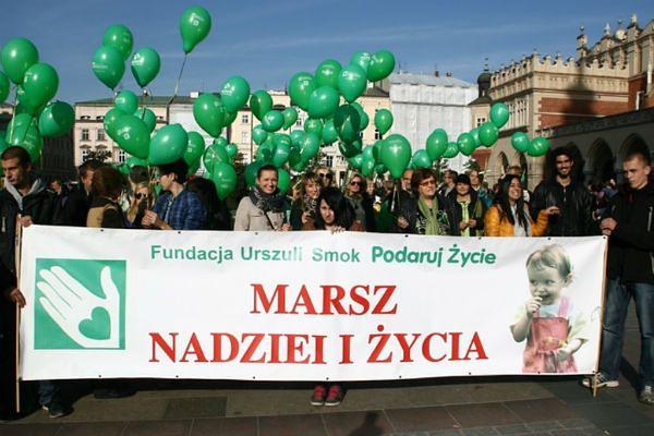 """""""Marsz Nadziei i Życia"""" przejdzie ulicami Krakowa. Pomóż spełnić marzenia chorych"""