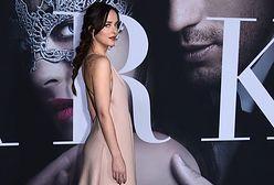 """Dakota Johnson na premierze filmu """"Ciemniejsza strona Greya"""""""