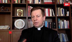 Koronawirus w Polsce. Jak Kościół radzi sobie z brakiem datków? Ksiądz przytacza pewien przykład