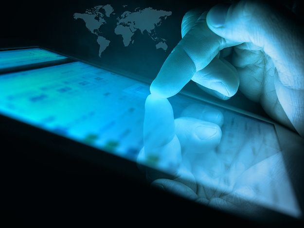 Niemcy zainicjowały debatę o walce z hejtem w sieci