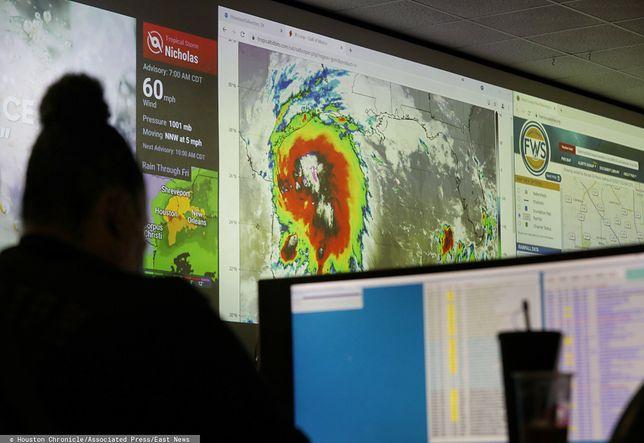Nicholas zbliża się do Teksasu i może przerodzić się w huragan