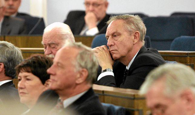 Przez lata Krzysztof Piesiewicz płacił szantażystom
