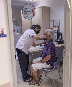 Izrael. Rząd opublikował informacje o skuteczności trzeciej dawki szczepionki na COVID-19