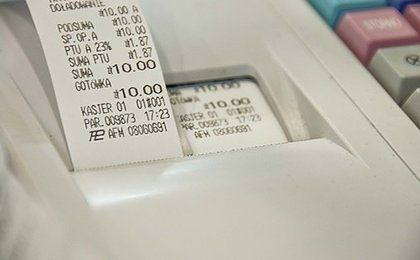 Kasy fiskalne będą same komunikować się z fiskusem. Co to oznacza dla przedsiębiorców?