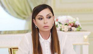 """""""Wygląda tragicznie"""". Jeden z polskich portali obraża pierwszą damę Azerbejdżanu"""