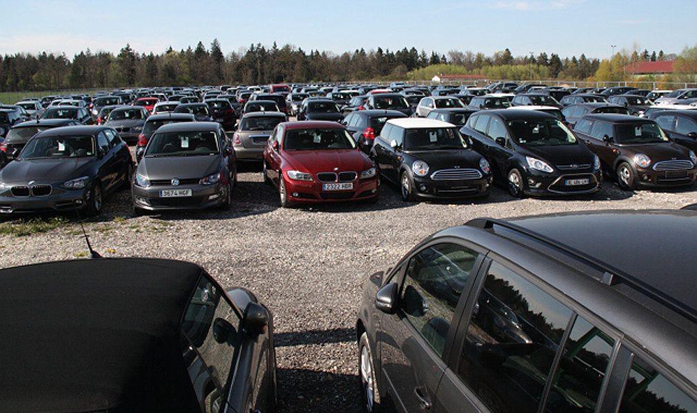 Średni wiek sprowadzanych samochód przekroczył już 12 lat.