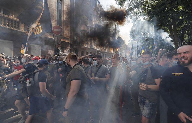 Zamieszki na Ukrainie przed siedzibą prezydenta